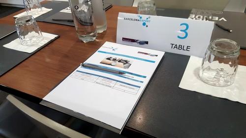 Barcelona Export - taula preparada per trobada B2B a Paris 2017