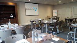 Sala preparada per a la trobada d'agents comercials a Paris